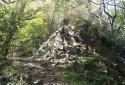 Ágasvár, Vörös-kő, Csörgő-völgy