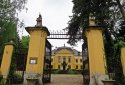 Noszvaj, De la Motte-kastély